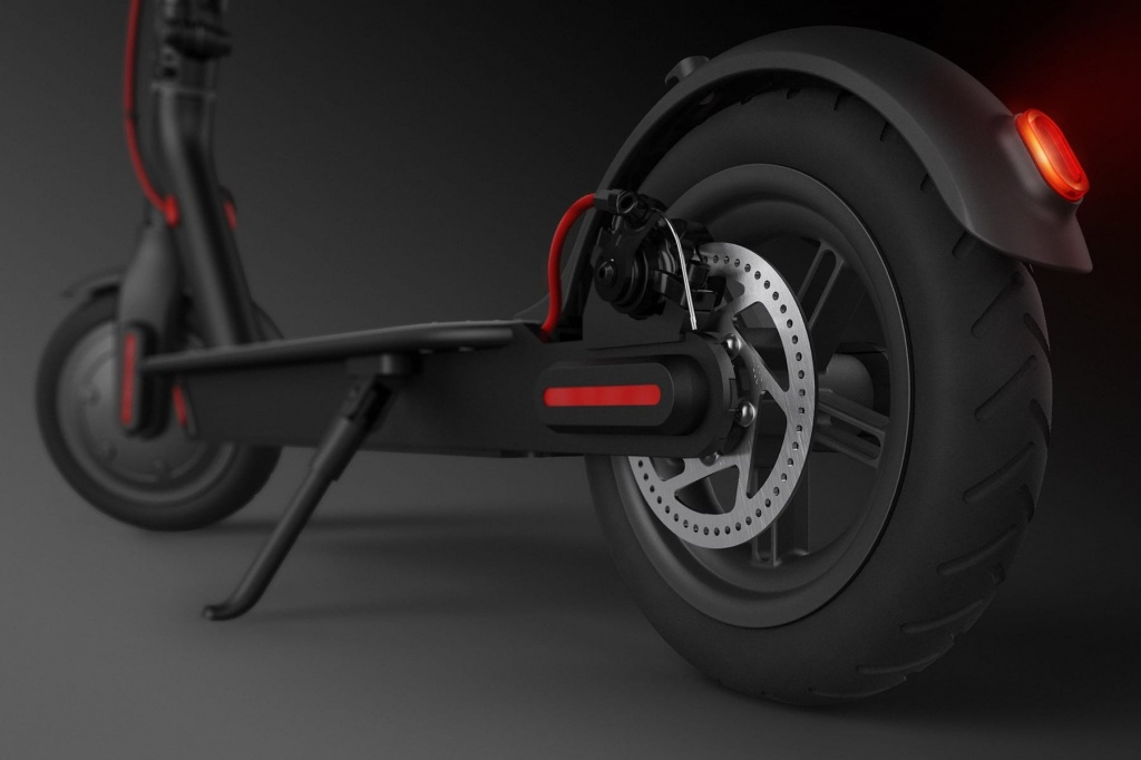 Xiaomi-Mijia-Electric-Scooter-Buy-Review-Russia-Black.jpg
